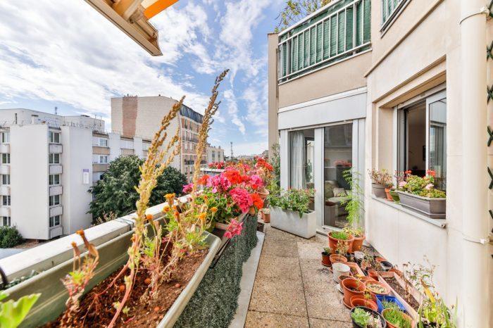 Appartement Clichy Terrasse Dernier Etage Immojojo