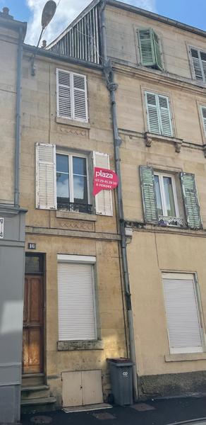 Immeuble, 77 m² BAR L…
