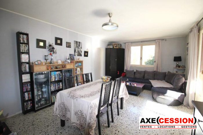 Appartement, 61 m² CAVAL…