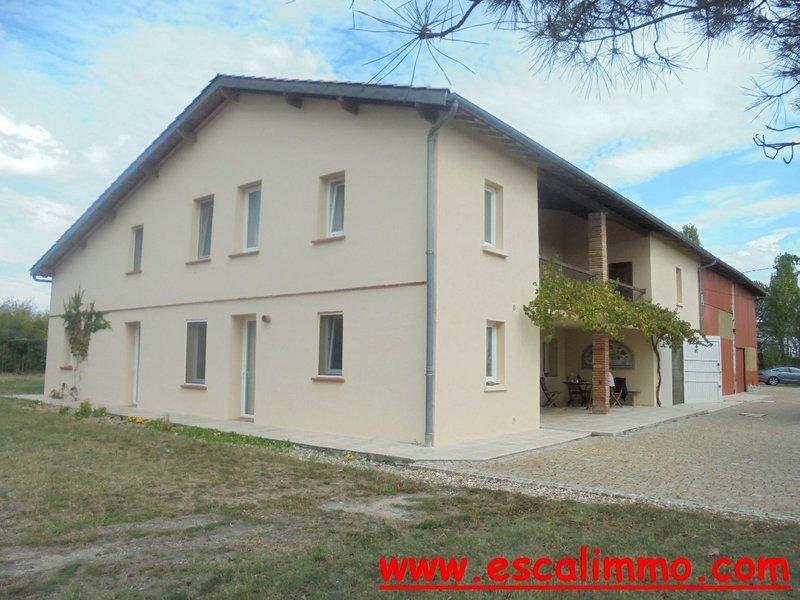 Maison, 240 m² A Ven…