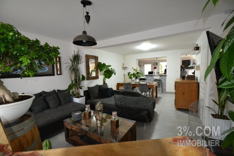 Maison, 85 m² 3 % .…