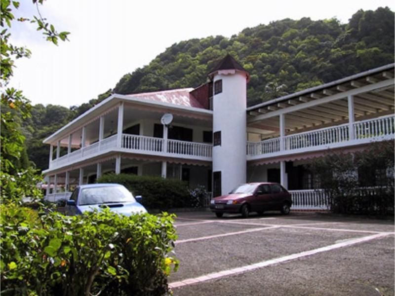 Maison, 1 053 m² 97113…