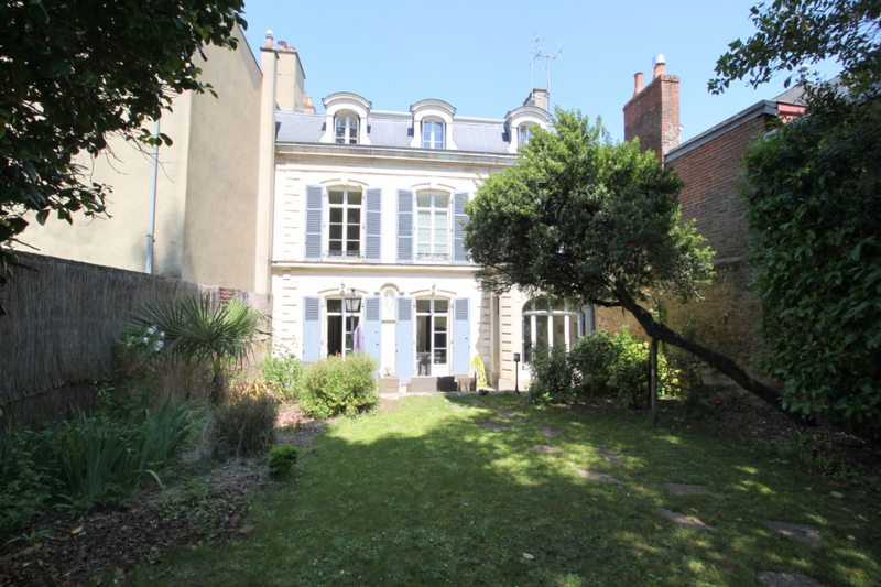 Maison, 330 m² LE MA…