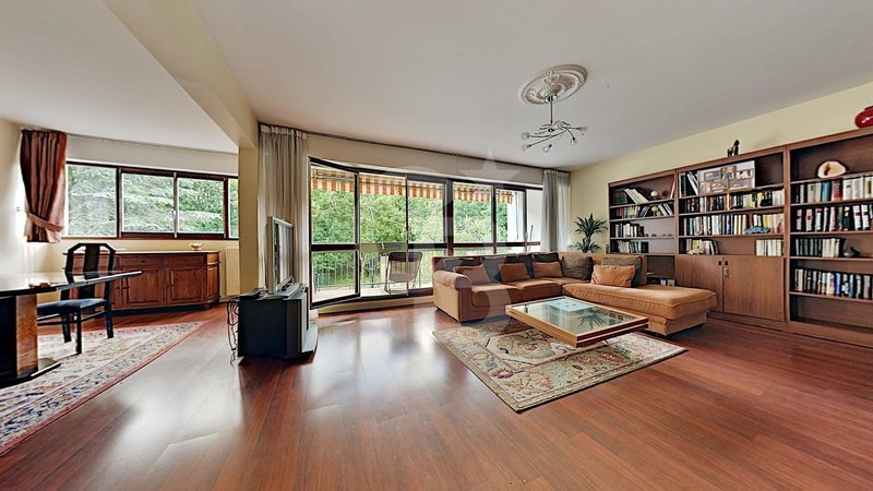 Appartement, 112,42 m² Sous …