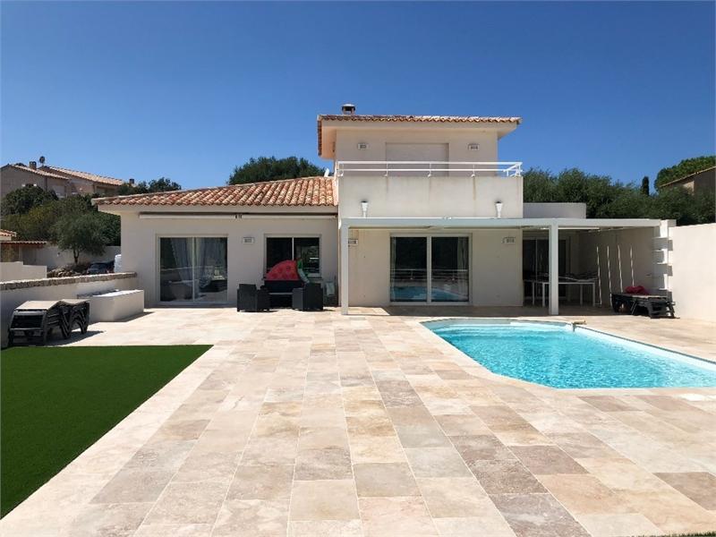 Maison, 230 m² Const…