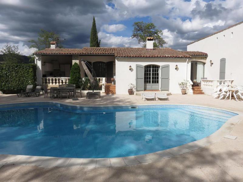 Maison, 130 m² 04270…