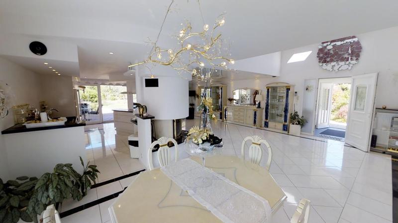 Maison, 400 m² Réf 2…