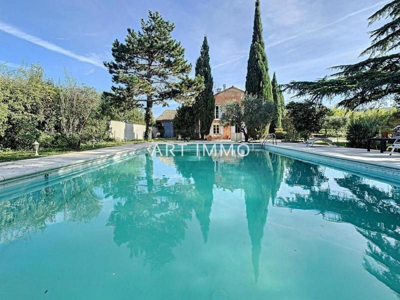 Maison, 265 m² A la …