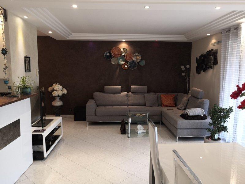 Appartement, 91 m² ST LA…