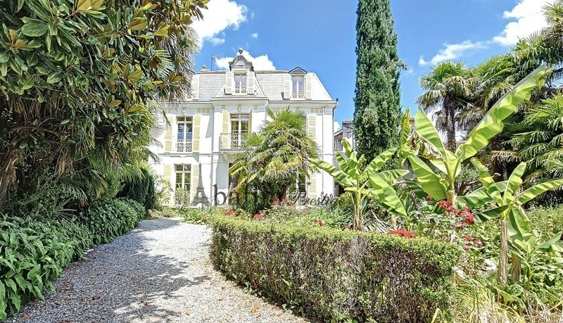 Maison, 150 m² A 20 …