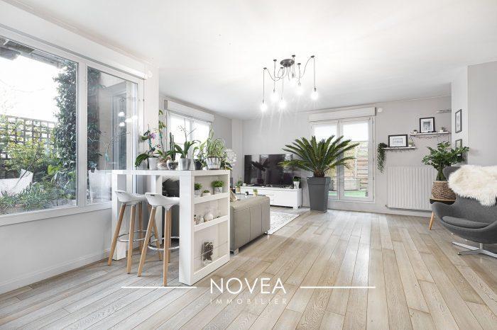 Appartement, 106 m² Sous …