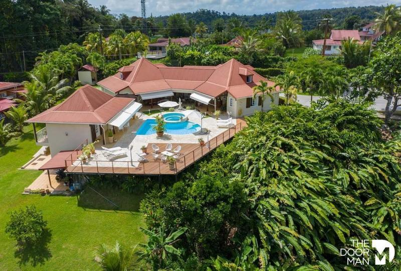 Maison, 350 m² VILLA…