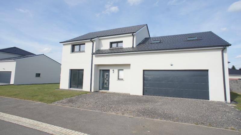 Maison, 200 m² LUMIN…