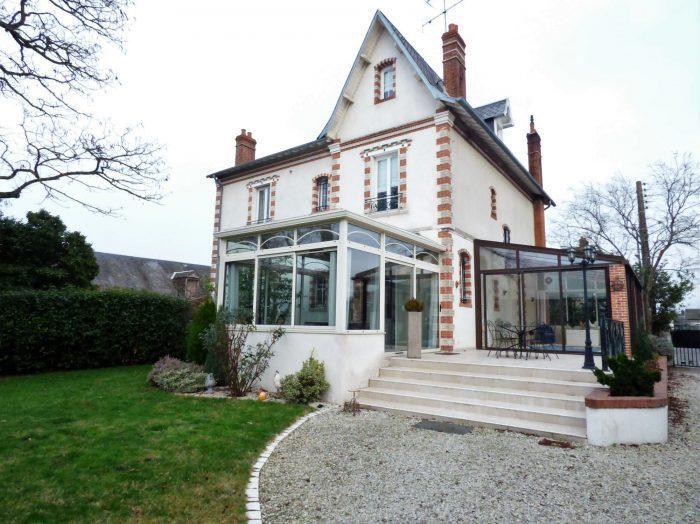 ccf84d1c80a86c Maison Bourgeoise Charite Loire - Immojojo