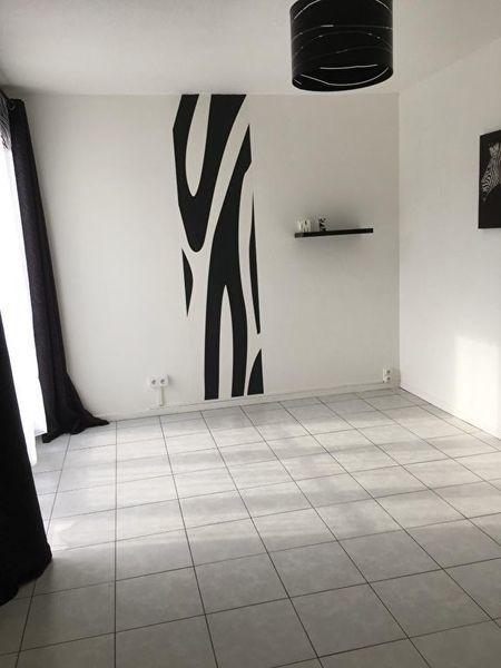 Carrelage Moderne Salon Renove - Immojojo