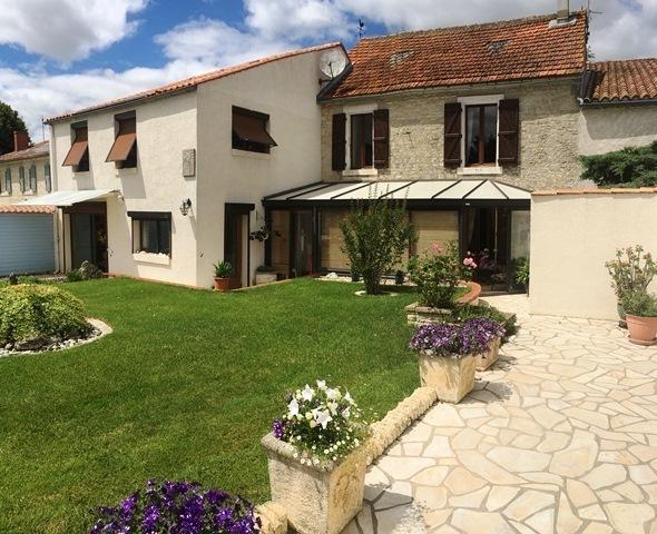 Maison, 230 m² A 30 …