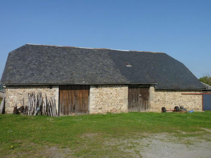 Maison, 300 m² A 15 …