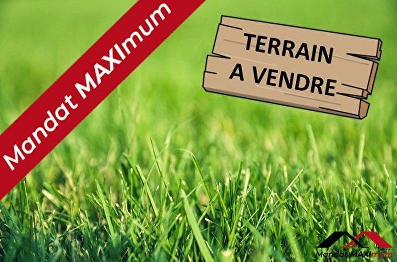 Terrain, 2 340 m² Maxim…