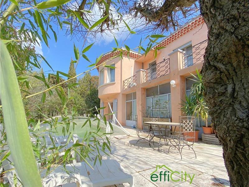 Maison, 197 m² 13320…