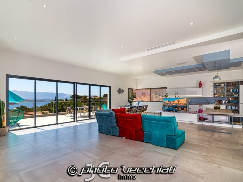 Maison, 290 m² Franç…