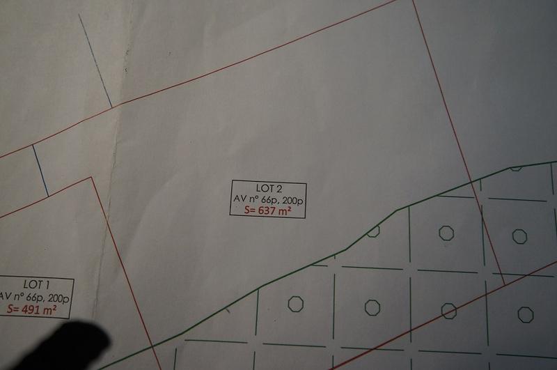 Terrain, 637 m² TROP …