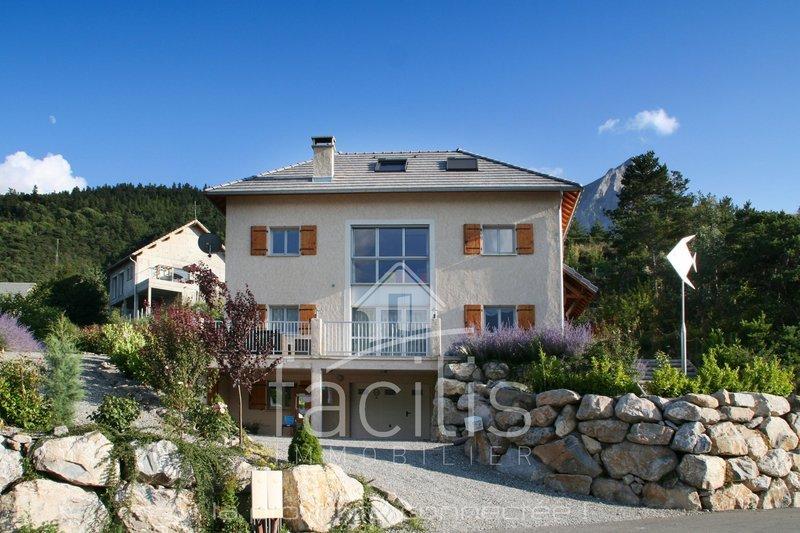Maison, 286,02 m² Dans …