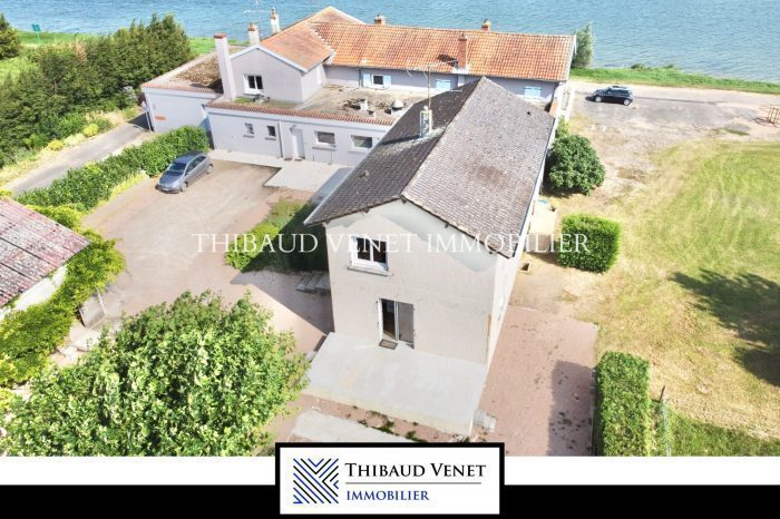 Maison, 700 m² Pour …