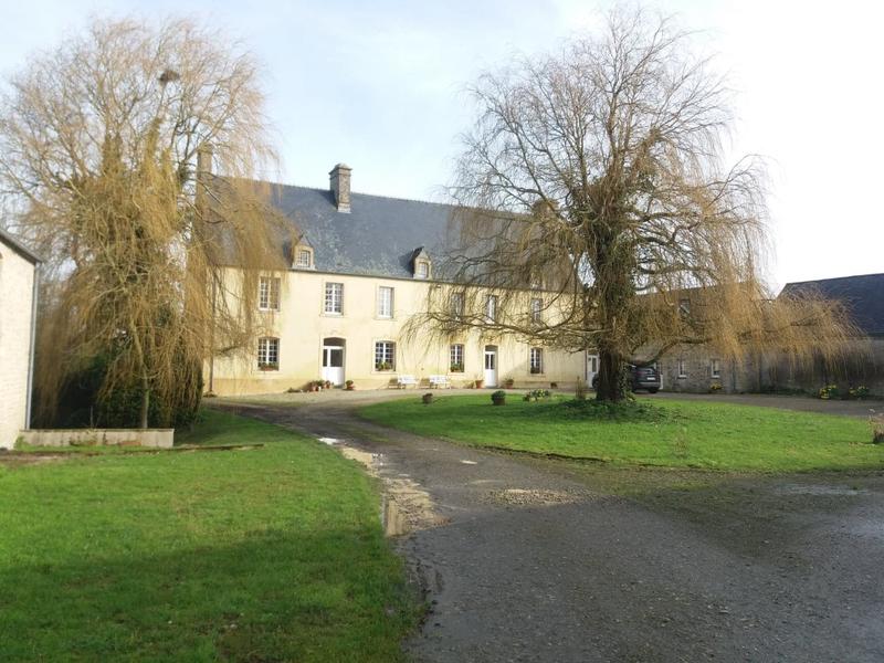 Maison, 300 m² A 4km…