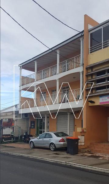 Immeuble, 512,2 m² Situé…