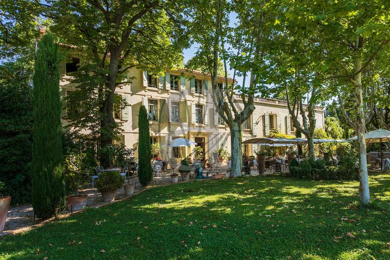 Maison, 910 m² ARLES…
