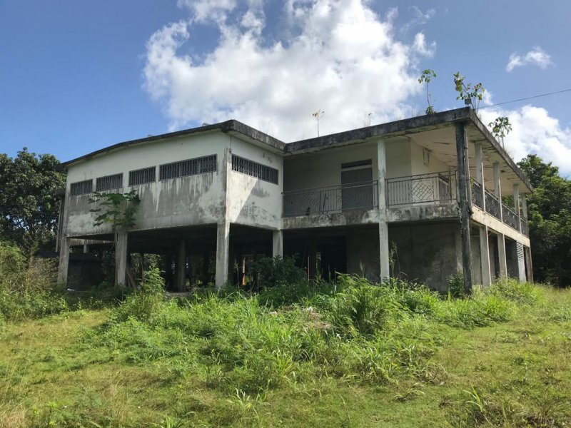 Maison, 136 m² Sur u…
