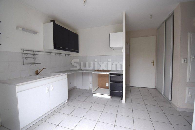 Maison, 60 m² Réf: …