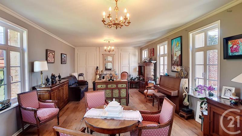Maison, 300 m² A 20 …