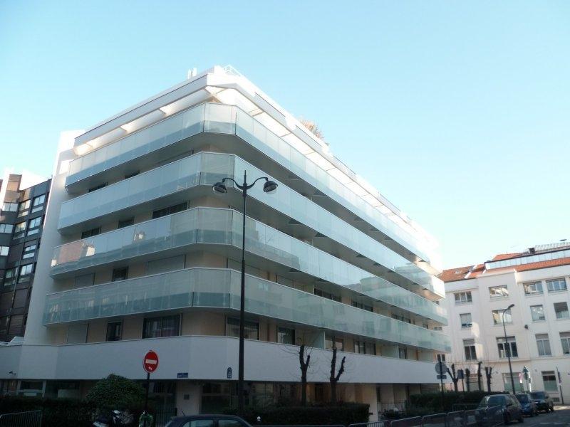 Location Studio Paris 17 Balcon Immojojo
