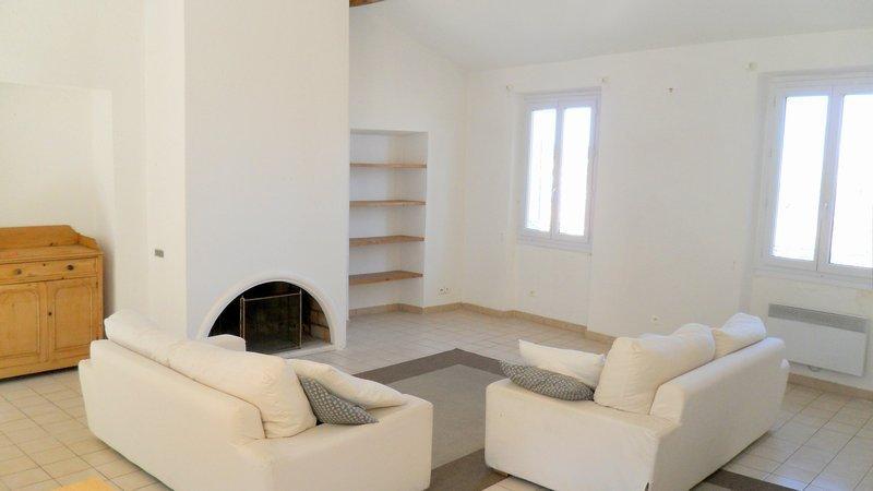 Appartement, 74 m² Situé…