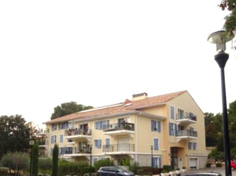 Appartement, 42 m² Bouc …