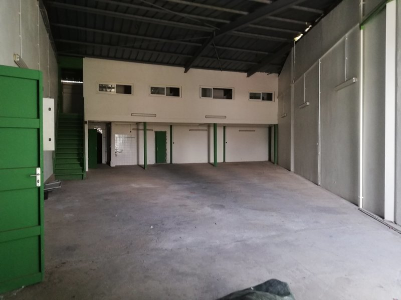 Divers, 263 m² A lou…