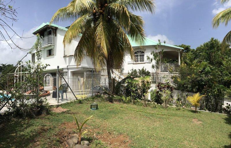 Maison, 200 m² Sur l…