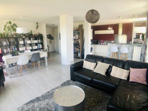 Appartement, 84 m² Dans …