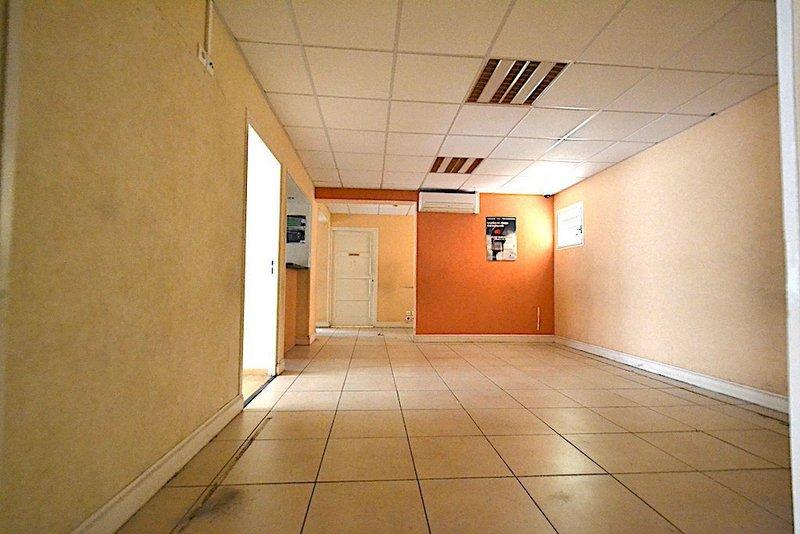 Divers, 131 m² Situé…