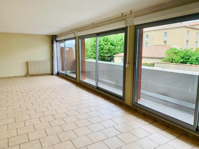 Appartement, 102,5 m² RARE …