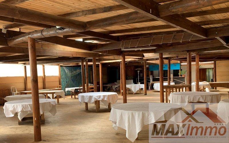 Maison, 1 100 m² MAXIm…