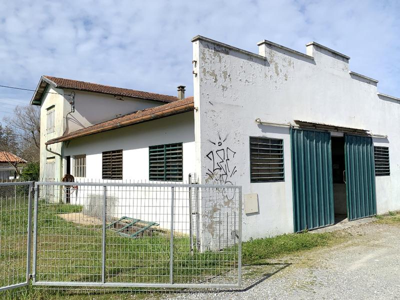 Divers, 154 m² Nous …