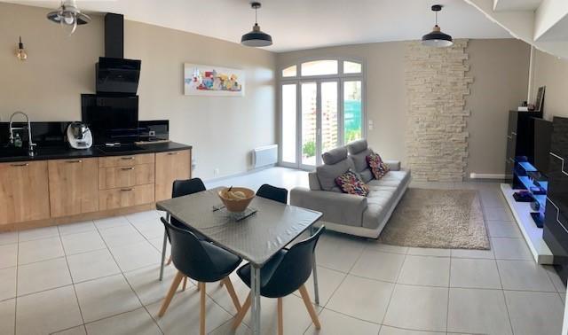 Maison, 100 m² Jolie…