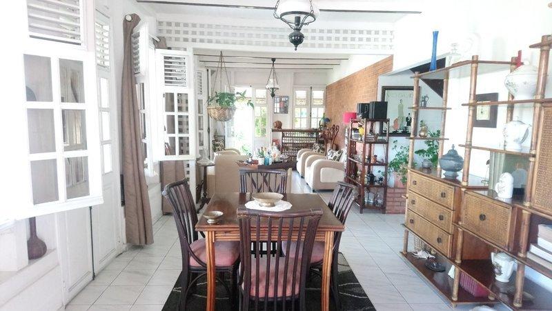 Maison, 260 m² FORT …