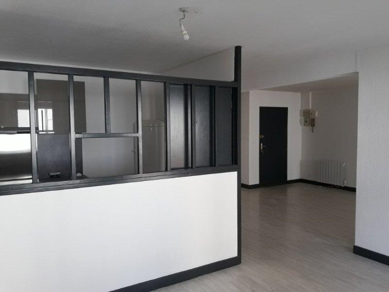 Appartement, 82 m² Situé…