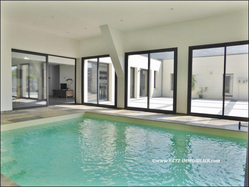 Maison, 304 m² À 12k…