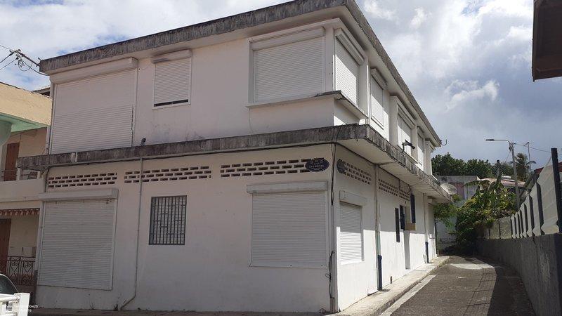 Immeuble, 247,8 m² Nous …