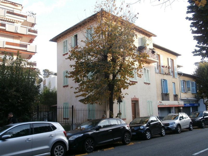Immeuble, 130 m² Immeu…