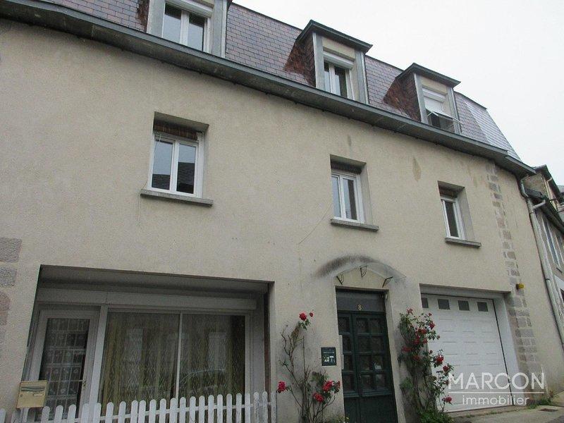 Maison, 331 m² REF 8…